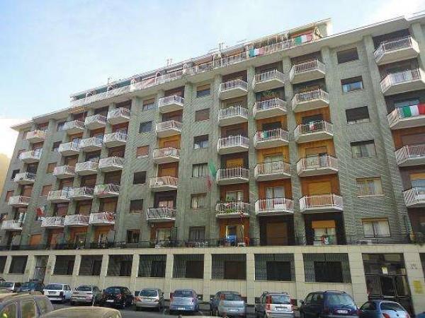 Appartamento in vendita a Torino, 2 locali, zona Zona: 7 . Santa Rita, prezzo € 65.000 | Cambiocasa.it