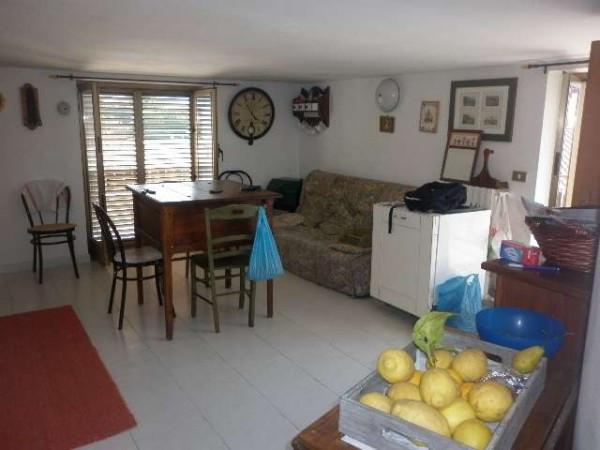 Appartamento in affitto a Mercato San Severino, 4 locali, prezzo € 380 | Cambio Casa.it