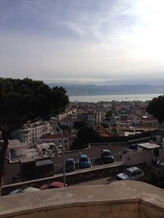 Appartamento in Affitto a Messina Centro: 3 locali, 120 mq