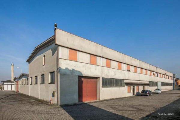 capannone Altro in Vendita a Fontanella