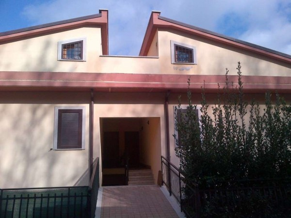 Appartamento in vendita a Monte Compatri, 2 locali, prezzo € 129.000 | Cambio Casa.it