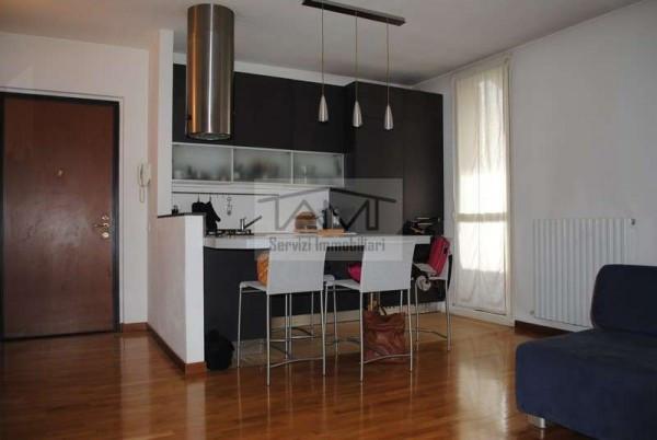 Appartamento in vendita a Rodano, 2 locali, prezzo € 205.000 | Cambio Casa.it
