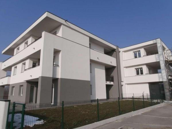 Appartamento in vendita a Seregno, 3 locali, prezzo € 163.500   Cambio Casa.it