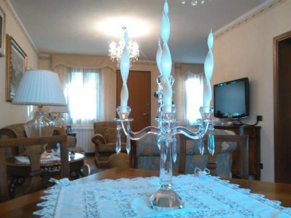 Casa indipendente in Vendita a Monsummano Terme Semicentro: 5 locali, 220 mq