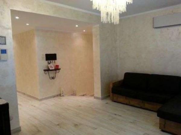 Villa in vendita a Rodano, 6 locali, prezzo € 360.000 | CambioCasa.it
