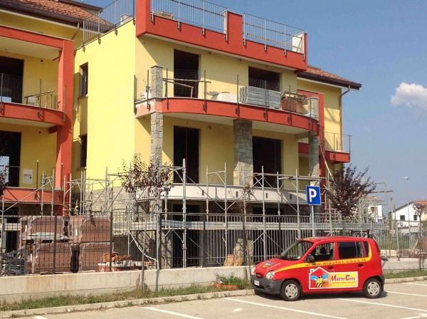 Bilocale Lonate Ceppino Via Vittorio Veneto 6