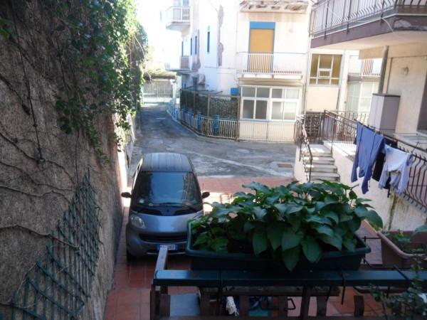 Bilocale Aci Castello  3