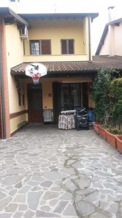 Villa a Schiera in vendita a Spino d'Adda, 4 locali, prezzo € 239.000   Cambio Casa.it