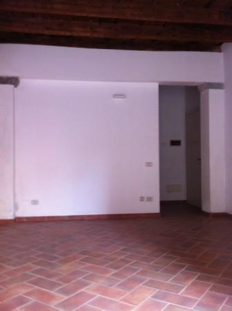 Attività / Licenza in vendita a Brescia, 1 locali, prezzo € 150.000 | Cambio Casa.it
