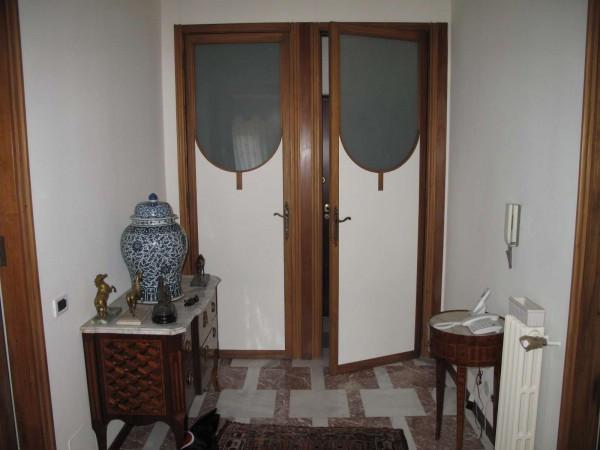 Appartamento in vendita a Vercelli, 5 locali, Trattative riservate | Cambio Casa.it