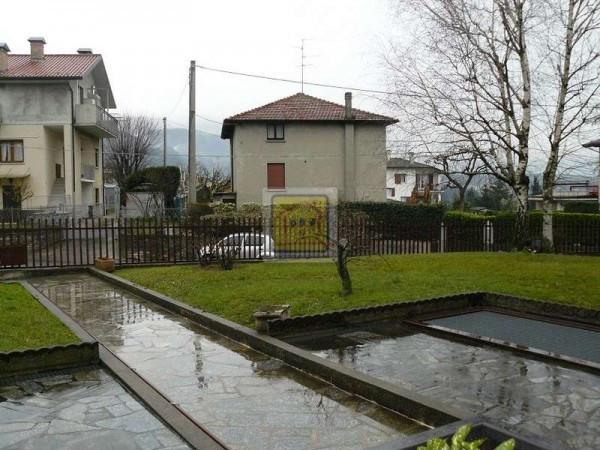 Bilocale Almenno San Salvatore Via San Cristoforo 10