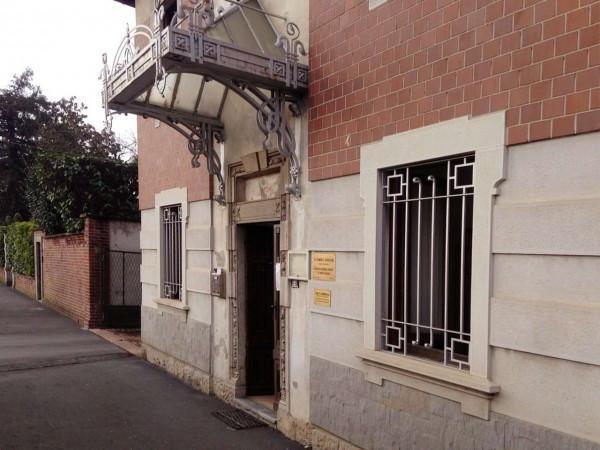 Ufficio / Studio in affitto a Induno Olona, 5 locali, prezzo € 650   CambioCasa.it