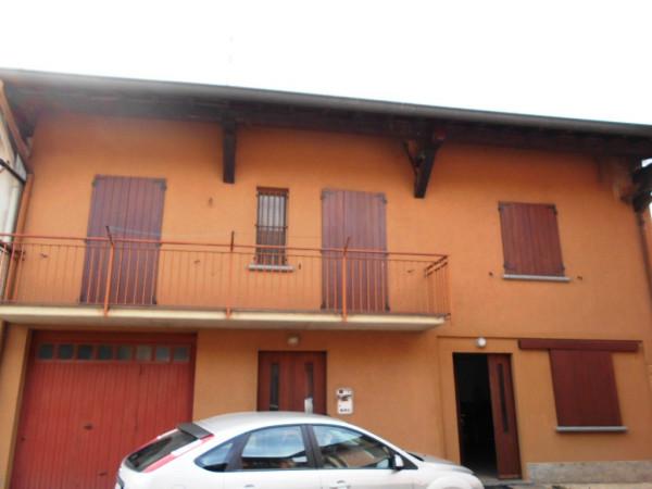 Villa in vendita a Cogliate, 4 locali, prezzo € 359.000   Cambiocasa.it