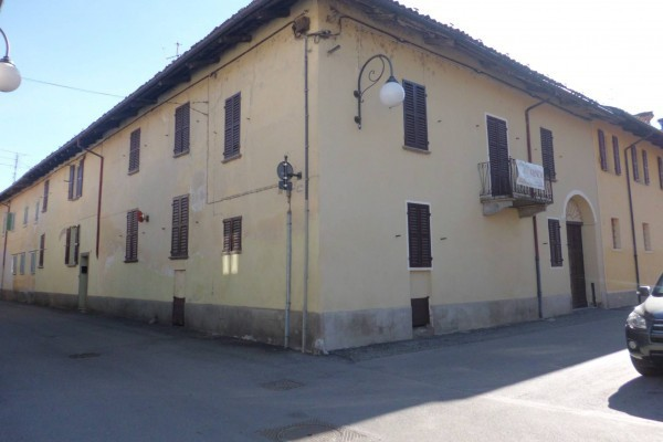Soluzione Indipendente in vendita a Cherasco, 6 locali, prezzo € 340.000 | Cambio Casa.it