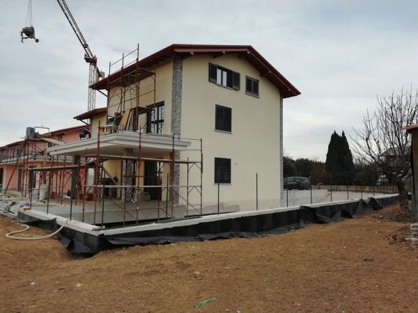 Appartamento in vendita a Cantù, 2 locali, prezzo € 135.000 | Cambiocasa.it
