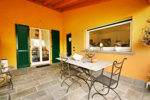 Villa in vendita a Albavilla, 5 locali, prezzo € 490.000 | Cambiocasa.it
