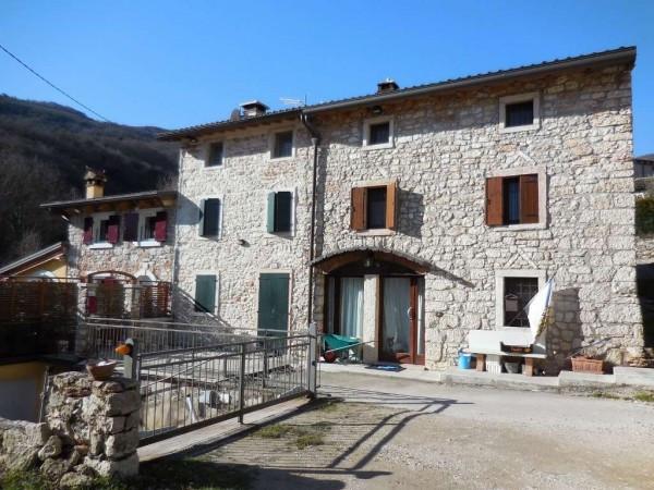 Rustico / Casale in vendita a Grezzana, 4 locali, prezzo € 225.000 | Cambio Casa.it