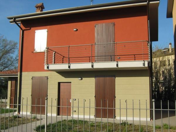 Villa in vendita a Lodi, 4 locali, prezzo € 390.000 | Cambio Casa.it
