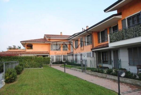Appartamento in vendita a Rodano, 2 locali, prezzo € 270.000 | Cambio Casa.it