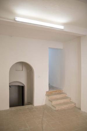 Negozio-locale in Affitto a Bologna Centro: 3 locali, 110 mq