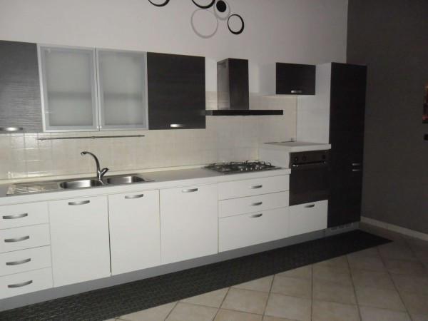 Appartamento in affitto a Qualiano, 1 locali, prezzo € 350 | Cambio Casa.it