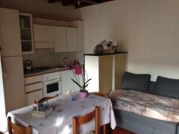 Appartamento in affitto a Como, 1 locali, zona Zona: 5 . Borghi, prezzo € 450 | Cambio Casa.it