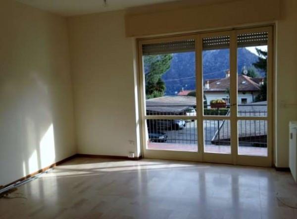 Appartamento in vendita a Cernobbio, 3 locali, prezzo € 189.000 | Cambiocasa.it