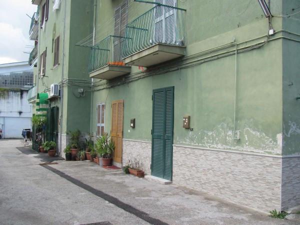 Bilocale Napoli Via San Maria Del Pianto 1