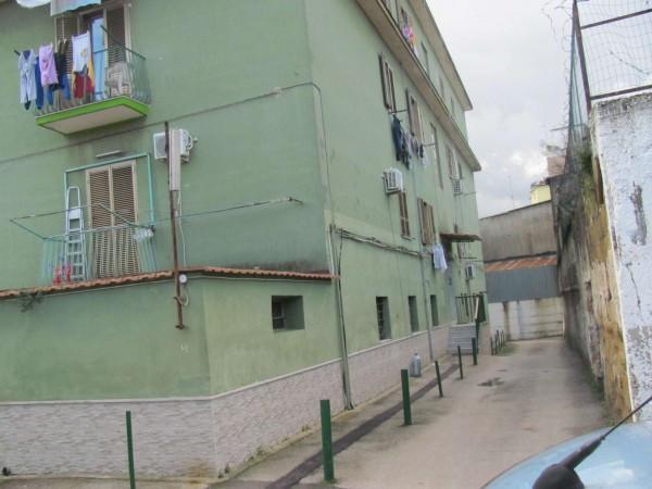 Bilocale Napoli Via San Maria Del Pianto 6