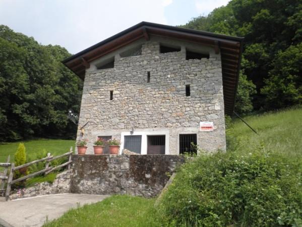 Rustico / Casale in vendita a Costa Serina, 2 locali, prezzo € 45.000 | Cambio Casa.it