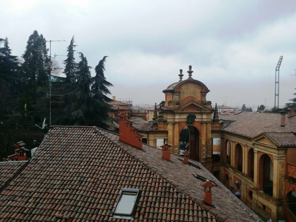 Bilocale Bologna Via Saragozza 1