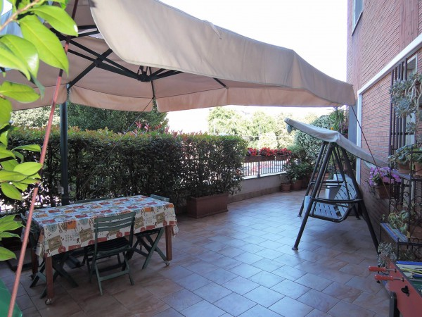 Bilocale Milano Via Bruno Maderna 1