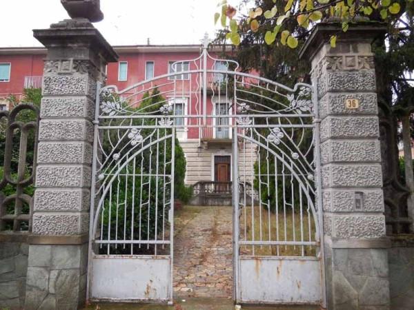 Palazzo / Stabile in Vendita a Valenza