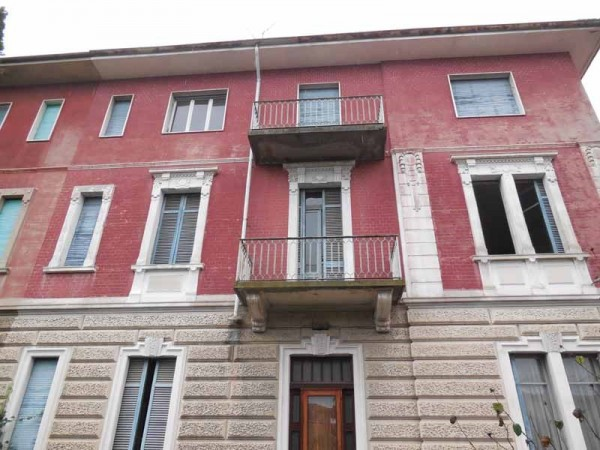 Bilocale Valenza Via Sandro Pino 3