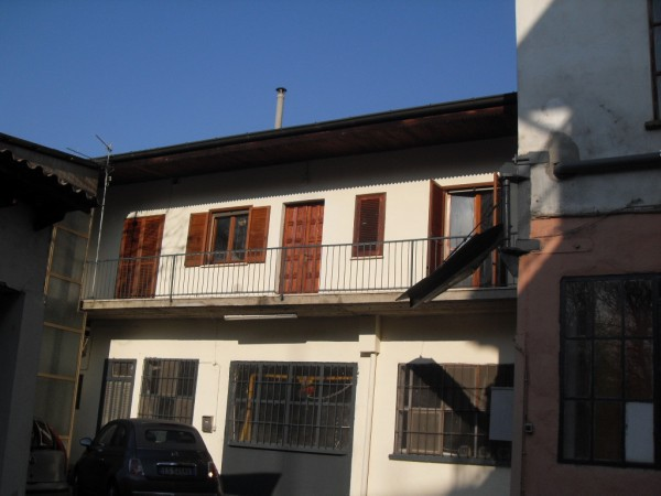 Affitto bilocale Pavia Via Alessandro Brambilla, 60 metri quadri