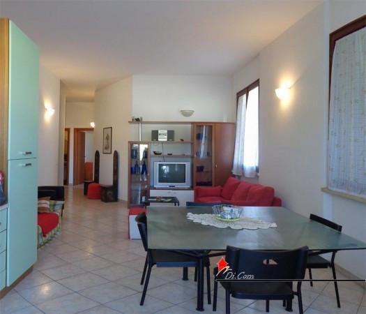 Appartamento in vendita a Vecchiano, 3 locali, prezzo € 155.000 | Cambio Casa.it