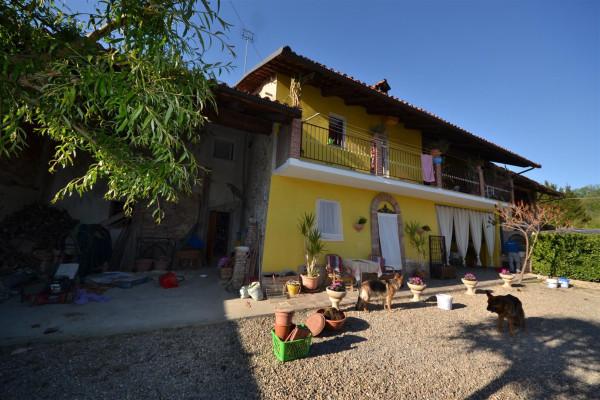Casa indipendente in Vendita a Farigliano Periferia: 5 locali, 250 mq