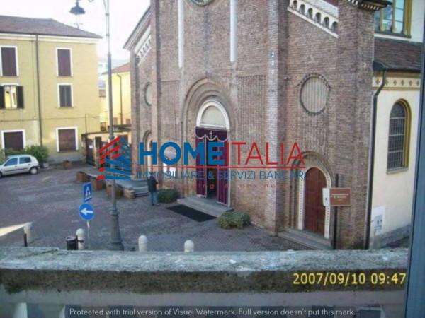 Bilocale Milano Via Giuseppe Verdi 8