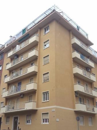 Appartamento in vendita a Torino, 3 locali, zona Zona: 7 . Santa Rita, prezzo € 98.000 | Cambio Casa.it