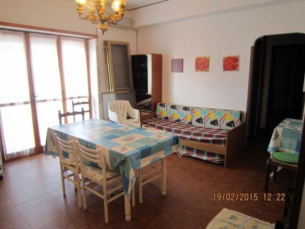 Appartamento in vendita a Tarquinia, 4 locali, prezzo € 125.000 | CambioCasa.it