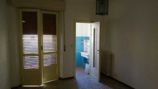 Bilocale Milano Via Arcivescovo Romilli 2