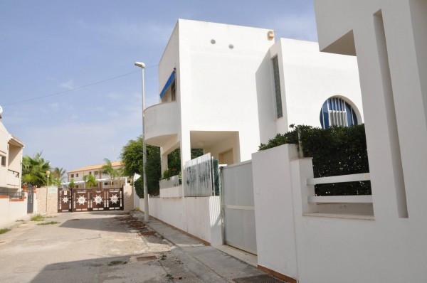 Villa in vendita a Santa Croce Camerina, 6 locali, Trattative riservate | CambioCasa.it