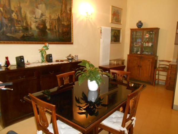 Appartamento in Vendita a Lucca Centro: 3 locali, 120 mq
