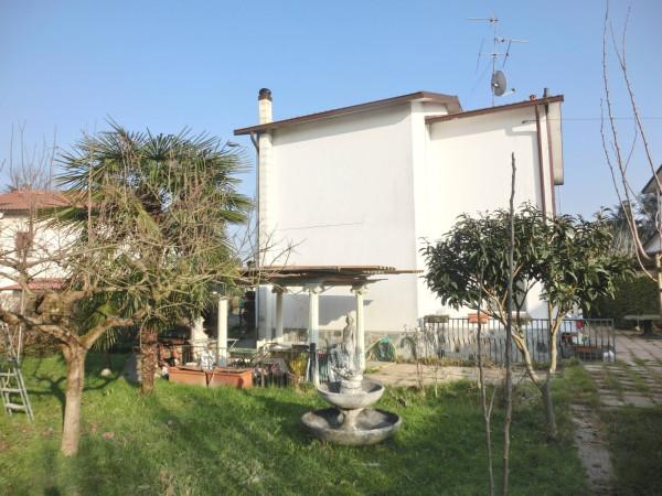 Villa in vendita a Dresano, 5 locali, prezzo € 299.000 | Cambio Casa.it