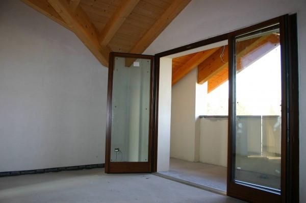 Appartamento in vendita a Rogeno, 3 locali, prezzo € 212.000 | CambioCasa.it