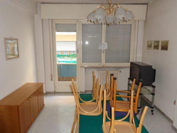 Appartamento in vendita a Pesaro, 3 locali, prezzo € 135.000 | Cambio Casa.it