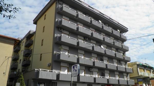 Ufficio / Studio in vendita a Paternò, 5 locali, prezzo € 115.000 | Cambio Casa.it