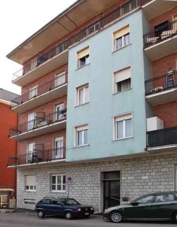Appartamento in vendita a Varese, 2 locali, prezzo € 60.000   Cambio Casa.it