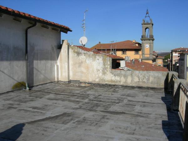 Casa indipendente in Vendita a Pontedera Centro: 5 locali, 238 mq