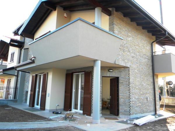 Villa in vendita a Olgiate Olona, 5 locali, prezzo € 390.000 | Cambio Casa.it